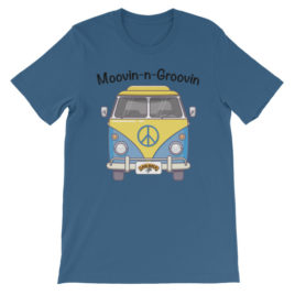Moovin N Groovin short sleeve t-shirt